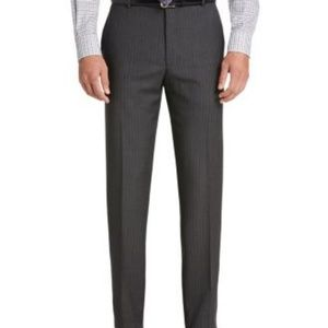 Jos. A. Bank Suits & Blazers - Jos A BANk signature collection med grey suit 42R